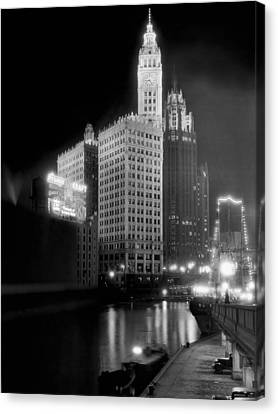 Wrigley And Tribune Buildings Canvas Print by Underwood Archives