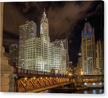 Wrigley Building At Night Canvas Print by Mike Burgquist