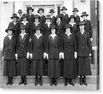 Wwi Navy Women Yeoman Canvas Print by Underwood Archives