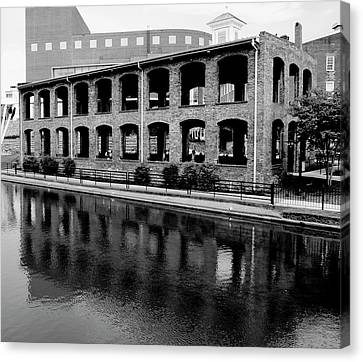 Canvas Print featuring the photograph Wyche Pavilion by Corinne Rhode