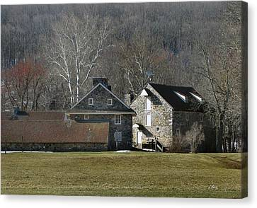 Wyeth Home In Spring Canvas Print by Gordon Beck