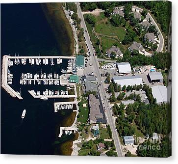 Yacht Works Marina To North Canvas Print by Bill Lang