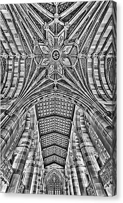 Canvas Print featuring the photograph Yale University Sterling Library Bw by Susan Candelario