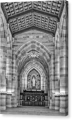 Canvas Print featuring the photograph Yale University Sterling Memorial Library Bw  by Susan Candelario