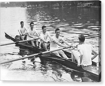 U.s. Air Force Canvas Print - Yanks And Brits Race On Thames by Underwood Archives