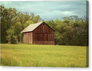Franklin Farm Canvas Print - Yesterday's Barn by Kim Hojnacki