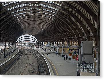 York Rail  Station  Northbound Canvas Print by David  Hollingworth