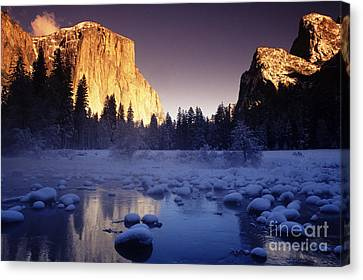 Yosemite Valley Sunset Canvas Print by Michael Howell - Printscapes