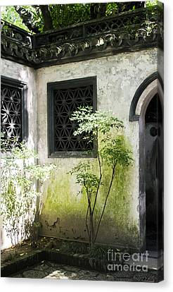 Canvas Print featuring the photograph Yuan Garden by Angela DeFrias