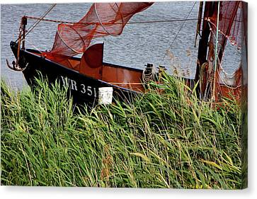 Canvas Print featuring the photograph Zuiderzee Boat by KG Thienemann