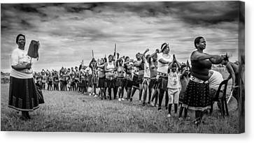 Zulu Dance Canvas Print by Giovanni Casini