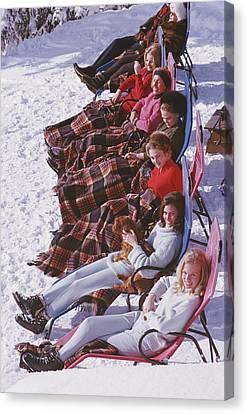 Apres Ski Canvas Print by Slim Aarons