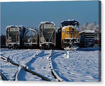 Canvas Print featuring the photograph Csx #9049 In The Snow by Joseph C Hinson Photography