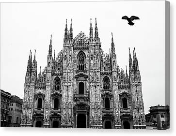 Duomo In Black And White Canvas Print