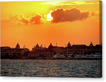 Golden Sky In Cancun Canvas Print