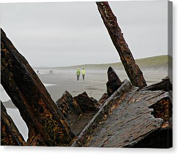 Canvas Print featuring the photograph Inside The Shipwreck  by Micki Findlay
