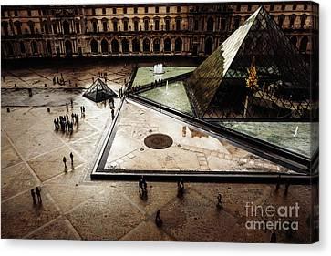 Louvre Canvas Print
