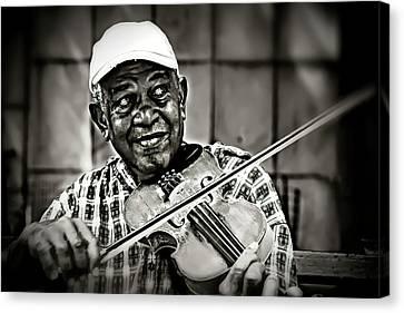 New York Street Fiddler Canvas Print