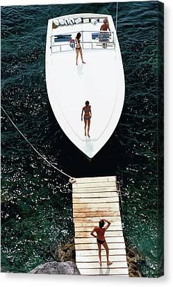 Speedboat Landing Canvas Print