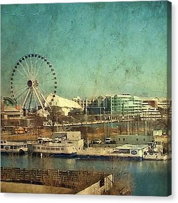 Vintage-style Navy Pier Canvas Print