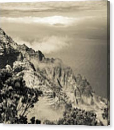 Puu O Kila Lookout, Kauai, Hi Canvas Print by T Brian Jones