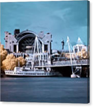 Bridge To Charing Cross Canvas Print by Helga Novelli