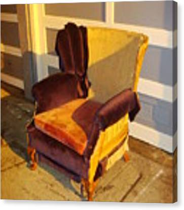 Have A Seat In Dore Alley Canvas Print by Mr Photojimsf