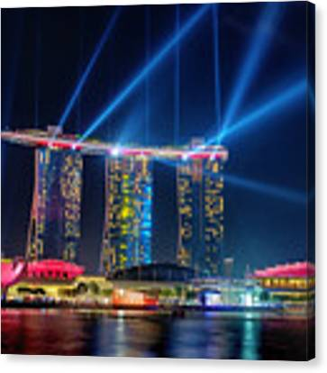 Laser Show At Mbs Singapore Canvas Print by Yew Kwang