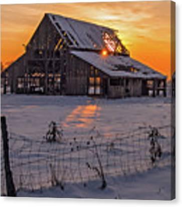 Mapleton Barn Canvas Print by Wesley Aston