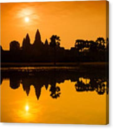 Sunrise At Angkor Wat Canvas Print by Yew Kwang