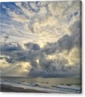 Weather Over Topsail Beach 2977 Canvas Print by Wesley Elsberry