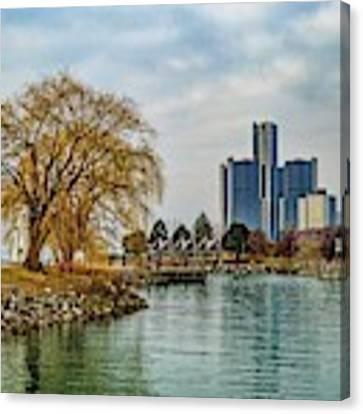 Detroit Skyline And Riverwalk Dsc_0076 Canvas Print by Michael Thomas