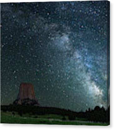 Devil's Tower At Night Canvas Print by Gary Lengyel