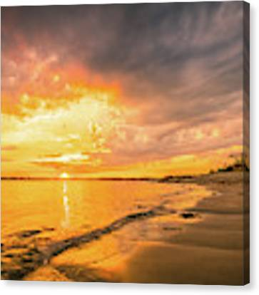 Fort Foster Sunset Watchers Club Canvas Print by Jeff Sinon