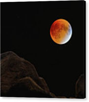 Full Blood Moon, Lunar Eclipse 1 Canvas Print by Michael Hubley