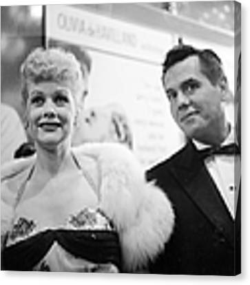 Lucille And Desi Canvas Print by Michael Ochs Archives