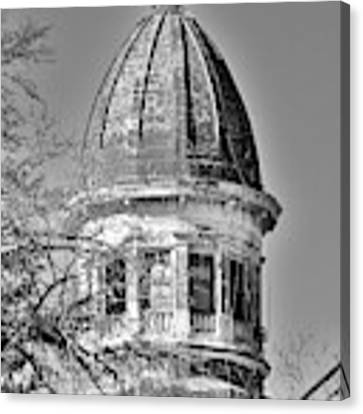 South Carolina State Hospital Dome Black And White 3 Canvas Print by Lisa Wooten