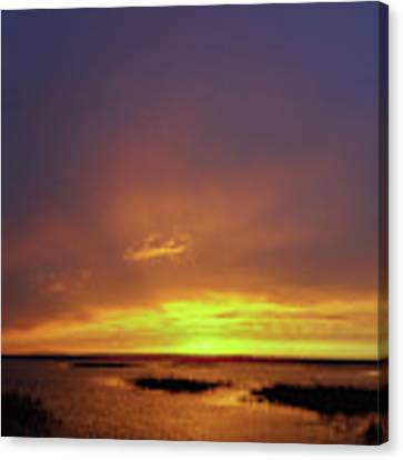 Sunset At Cheyenne Bottoms -02 Canvas Print by Rob Graham