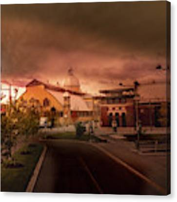 The Aberdeen Pavilion Built In 1898 Is The Centrepiece Of Ottawa's Lansdowne Park. Canvas Print by Juan Contreras