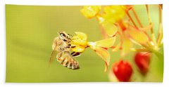 Bath Towel featuring the photograph  Bee On Milkweed by Greg Allore