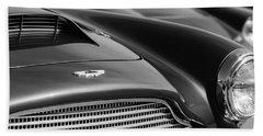 1960 Aston Martin Db4 Series II Grille - Hood Emblem Hand Towel