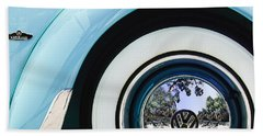 1962 Volkswagen Vw Beetle Cabriolet Wheel Emblem Bath Towel