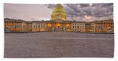 Bath Towel featuring the photograph Capitol Building by Peter Lakomy