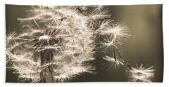 Hand Towel featuring the photograph Dandelion by Yulia Kazansky
