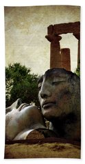 'hermanos' In The Valley Of The Temples Bath Towel by RicardMN Photography