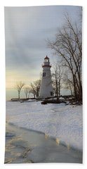 Marblehead Lighthouse Winter Sunrise Hand Towel