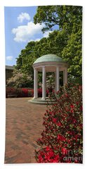 The Old Well At Chapel Hill Hand Towel
