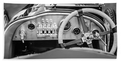 1925 Aston Martin 16 Valve Twin Cam Grand Prix Steering Wheel -0790bw Hand Towel