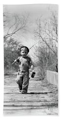 1940s Boy Walking Down Country Road Bath Towel