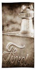 1911 Ford Model T Torpedo 4 Cylinder 25 Hp Hood Ornament - Emblem Hand Towel